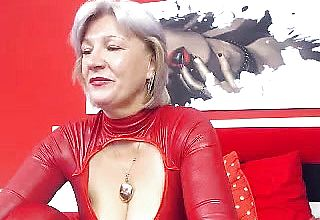 Meaty breasted Grandmother Linda 50 Years Web cam Solo