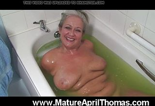 Mature mega slut Washing Her elderly vagina