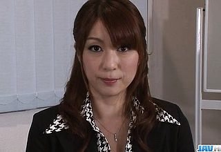 Araki Hitomi large chested cougar gets well prepped for Hardcore Hook up