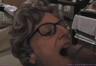 Granny With Glasses loves rock hard plumb wedges And jizz