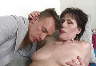 Large Booty Mature Ambisexual atch Leaps on Youthfull stud meat
