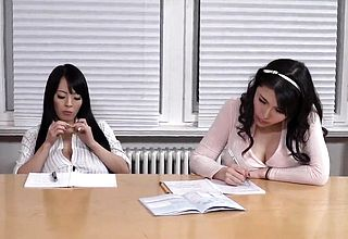 Japanese-shcoolgirls-and-chubby-mature-lesbian-big-boobs-fet